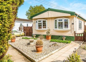 Thumbnail 2 bed mobile/park home for sale in Lime Close, Crookham Common, Thatcham