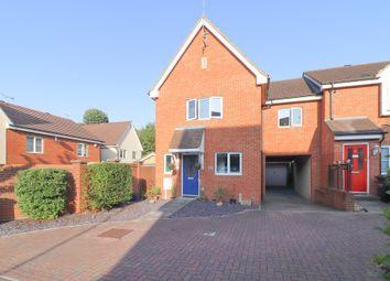 4 bed link-detached house for sale in Lightermans Mews, Northfleet, Gravesend DA11