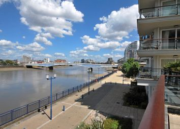 Thumbnail Flat for sale in Riverside West, Smugglers Way