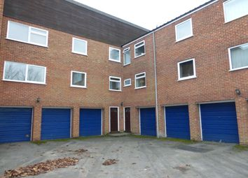 Thumbnail 2 bedroom flat to rent in Powney Road, Maidenhead