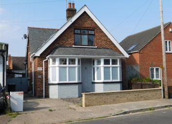 Thumbnail 3 bed detached house for sale in Clifton Grove, Skegness, Lincs