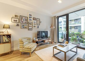 Thumbnail 1 bed flat for sale in Greenacres House, London, Greater London