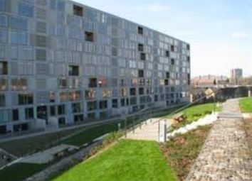 Thumbnail 1 bed flat to rent in Saxton Mill, The Avenue, Leeds, West Yorkshire
