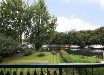 Thumbnail 1 bed flat for sale in Hampton Court Road, East Molesey