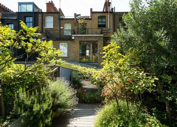 Thumbnail 4 bed terraced house for sale in Fashion Street, London