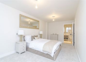 Thumbnail 1 bed flat for sale in Horizon House, Chiswick, London
