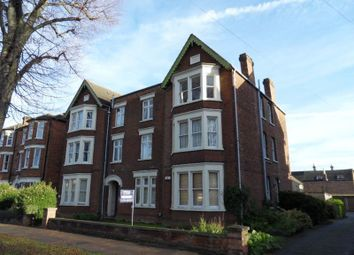 Thumbnail 2 bedroom flat to rent in Bushmead Avenue, Bedford