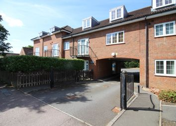 Thumbnail 2 bed flat for sale in 106 Ludwick Way, Welwyn Garden City