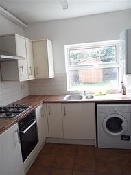 Thumbnail 4 bed detached house to rent in Anstey Road, Reading