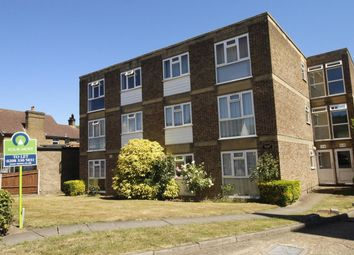1 bed flat to rent in Cheam Common Road, Worcester Park KT4