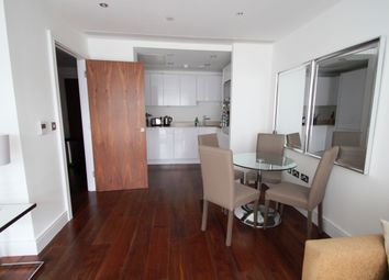 Thumbnail 1 bed flat to rent in Discovery Dock, South Quay, Canary Wharf