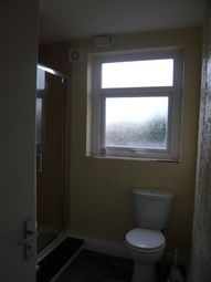 Thumbnail 2 bed flat to rent in Swinley Rd, Wigan