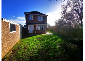 3 bed detached house to rent in Cleveland Avenue, Stockton-On-Tees TS20
