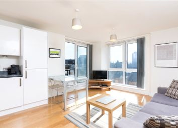 Thumbnail 1 bed flat to rent in Goswell Road, Clerkenwell