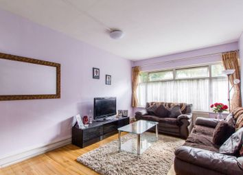 Thumbnail 2 bedroom flat for sale in Nether Street, Finchley