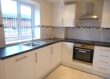 Thumbnail 2 bed flat to rent in Lawn Lane, Hemel Hempstead