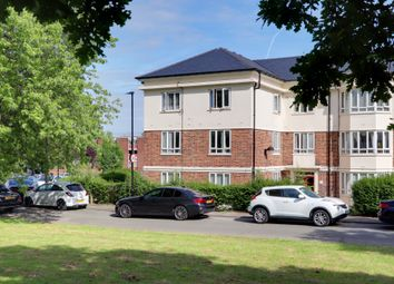 Thumbnail 2 bed flat for sale in Bounds Green, London