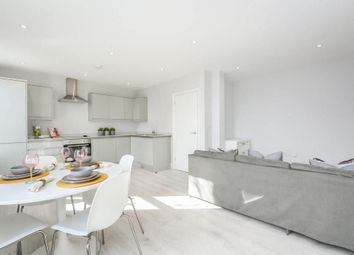 Thumbnail 1 bed flat to rent in Commercial Road, Stepney Green
