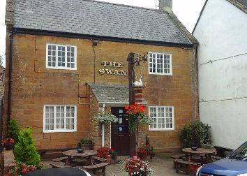 Thumbnail Pub/bar for sale in Lower Street, Merriott, Nr Crewkerne, Somerset