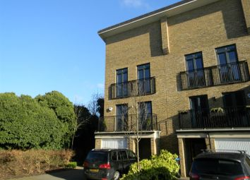 4 bed town house to rent in Sheldon Way, Berkhamsted HP4