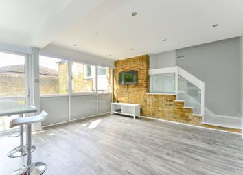 Thumbnail 3 bed bungalow to rent in Oborne Close, Herne Hill