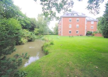 Thumbnail 1 bed flat to rent in Green Lane, Shipley Bridge, Horley