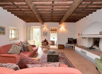Thumbnail 4 bedroom country house for sale in Lucca (Town), Lucca, Tuscany, Italy