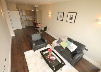 Thumbnail 1 bed flat for sale in Flat 10 Swan House, The Embankment, Bedford