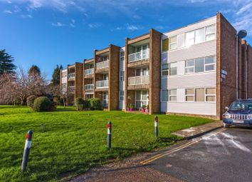 2 bed flat for sale in Carnegie House, Littlehampton Road, Worthing BN13
