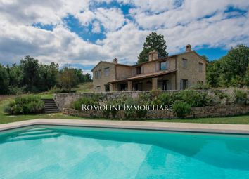 Thumbnail 6 bed country house for sale in Todi, Umbria, Italy