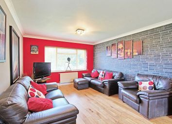 3 bed flat for sale in Coulsdon Road, Caterham CR3