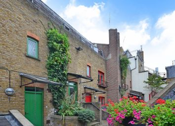 Thumbnail 1 bed flat to rent in Shorts Gardens, Covent Garden