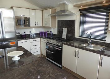 Thumbnail 2 bedroom mobile/park home for sale in Alberta Holiday Park, Seasalter, Whitstable, Kent