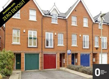 Thumbnail 3 bed town house to rent in Lamarsh Rd, Oxford