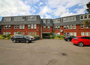 2 bed flat to rent in Trinity Lane, Cheshunt, Waltham Cross EN8