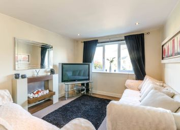 Thumbnail 2 bed flat to rent in Woodlands Close, Guildford