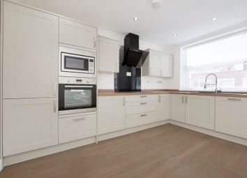 Thumbnail 2 bed flat to rent in Leeland Road, West Ealing