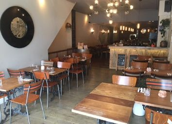 Thumbnail Restaurant/cafe to let in Roman Road, Bow