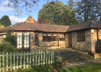 Thumbnail 1 bed detached house to rent in Oxford Road, Donnington, Newbury