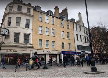 2 bed flat to rent in High Street, Dundee DD1