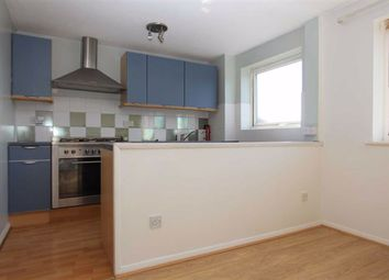 Thumbnail 1 bed flat to rent in Swanshope, Loughton, Essex
