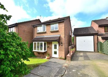 Thumbnail 3 bed detached house for sale in Downlands, Stevenage