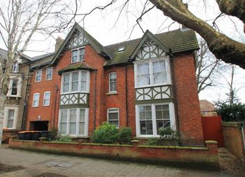 Thumbnail 1 bed flat for sale in Warwick Avenue, Bedford