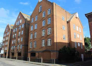 Thumbnail 2 bedroom flat to rent in Castle Street, The Quay, Poole