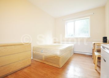 Thumbnail Studio to rent in Colney Hatch Lane, Muswell Hill, London