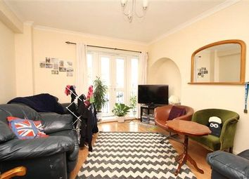 3 bed flat to rent in Denmark Hill Estate, London SE5