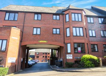 Thumbnail 2 bed flat for sale in Cowper Road, Berkhamsted