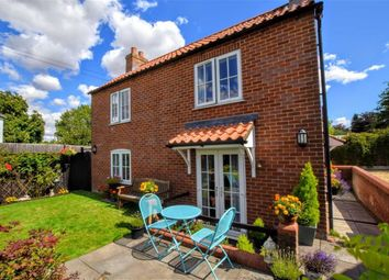 Thumbnail 2 bed property for sale in Hollengs Lane, Donington On Bain, Lincolnshire