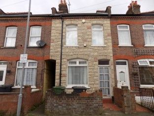 Thumbnail 2 bed terraced house to rent in Norman Road, Luton, Bedfordshire