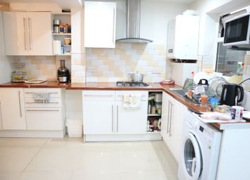 Thumbnail 1 bed flat to rent in Cotswold Close, Slough, Berkshire